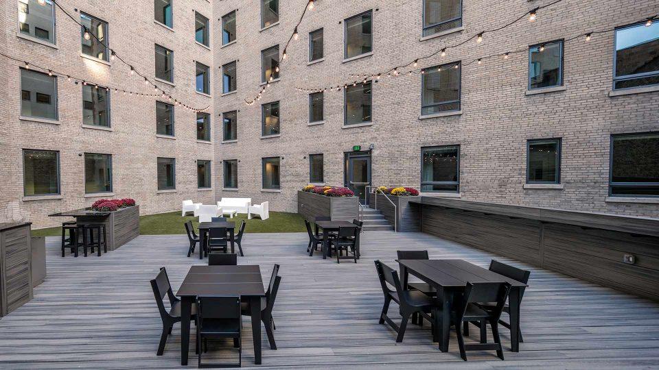 The Morton - Courtyard