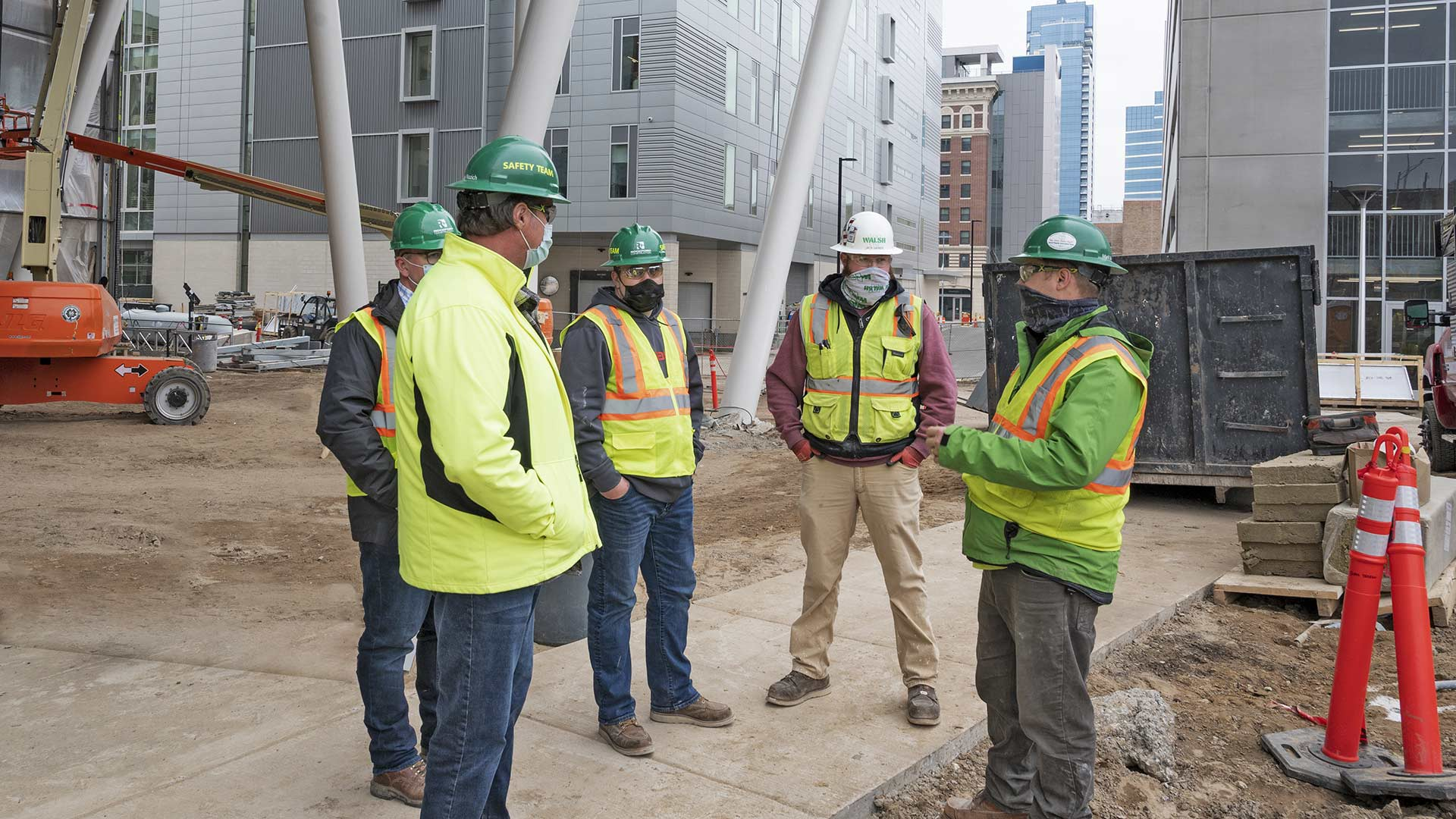 The Rockford Safety team meets to discuss safe operations at a job site.