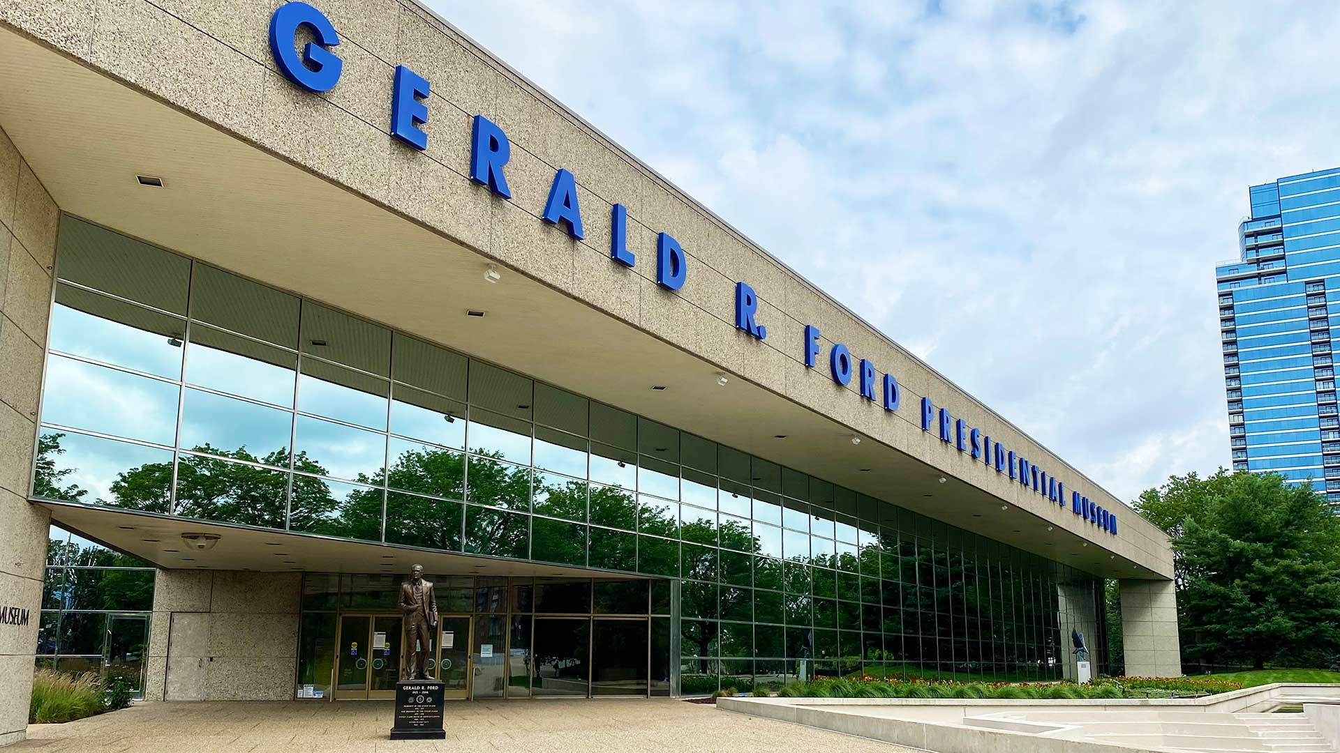 Apartment Living - Getting to Know Grand Rapids